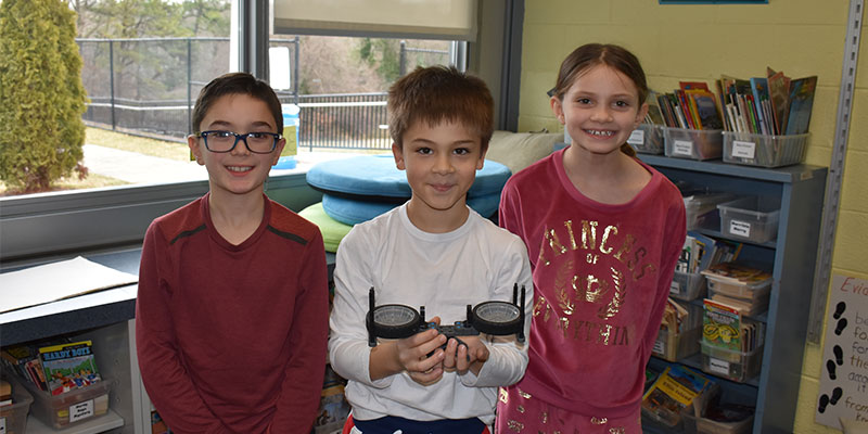 Third Graders Get Hands-On Building Simple Machines photo